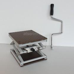 Petite table élévatrice TE240 avec sa manivelle